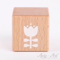Holzwürfel mit einer Tulpe weiße Farbe handbemalt