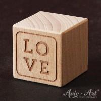 Holzwürfel Motiv LOVE graviert