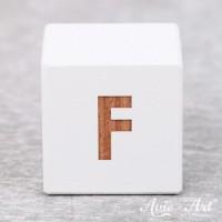 Würfel weiß mit Buchstabe - positive Gravur F