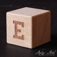 Holzwürfel Buchstabe E