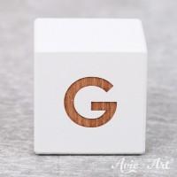 Würfel weiß mit Buchstabe - positive Gravur G