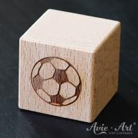 Holzwürfel Motiv Fußball graviert