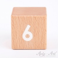 Holzwürfel, Zahlenwürfel aus Holz mit weißer Schrift