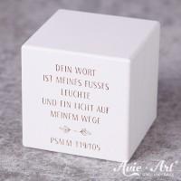 weißer Holzwürfel mit Wunschtext, Taufspruch - Gravur
