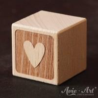 Holzwürfel Motiv graviert Herz