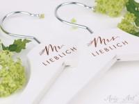 Mr & Mrs Kleiderbügel für die Hochzeit (2er Set)