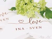 Kleiderbügel für die Hochzeit - Namen Braut & Bräutigam - Schriftzug LOVE