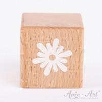 Holzwürfel mit einer Blume weiße Farbe handbemalt