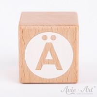 Holzwürfel Buchstaben weiße Farbe Ä negativ