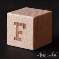 Holzwürfel Buchstabe F