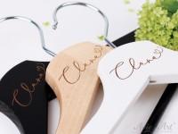 Kleiderbügel mit Namen - personalisierter Kleiderbügel zur Hochzeit